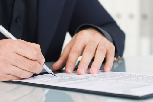 signing_a_contract